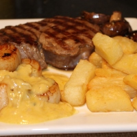 Fillet Steak with Scallops and White Wine Sauce
